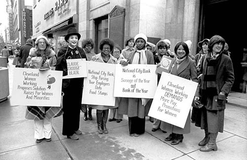 9to5 Cleveland holds an action in protest of National City Bank.